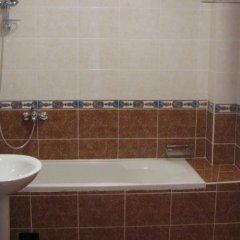 Отель Secret Garden Apartments Черногория, Свети-Стефан - отзывы, цены и фото номеров - забронировать отель Secret Garden Apartments онлайн ванная