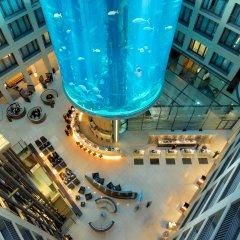 Отель Radisson Blu Hotel, Berlin Германия, Берлин - - забронировать отель Radisson Blu Hotel, Berlin, цены и фото номеров интерьер отеля
