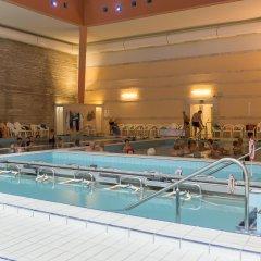 Hunguest Hotel Panorama бассейн