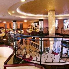 Отель The Vineyards Resort гостиничный бар
