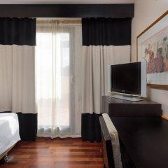 Отель NH Ciudad de Valencia комната для гостей фото 4