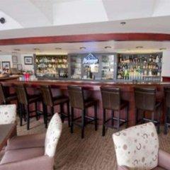 Отель Quality Hotel Downtown-Inn at False Creek Канада, Ванкувер - отзывы, цены и фото номеров - забронировать отель Quality Hotel Downtown-Inn at False Creek онлайн гостиничный бар