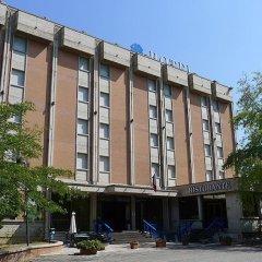 Hotel Grassetti Корридония парковка