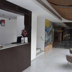 Отель Palace Heights Индия, Нью-Дели - отзывы, цены и фото номеров - забронировать отель Palace Heights онлайн интерьер отеля фото 2