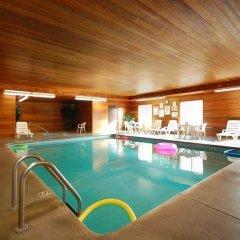 Отель Best Western Plus Rama Inn & Suites бассейн фото 2