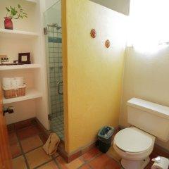 The Bungalows Hotel Педрегал ванная