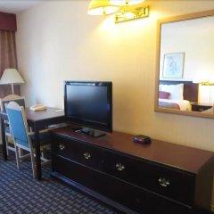 Отель Ramada Limited Calgary Northwest Канада, Калгари - отзывы, цены и фото номеров - забронировать отель Ramada Limited Calgary Northwest онлайн удобства в номере