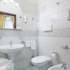 Отель San Cassiano Ca'Favretto Италия, Венеция - 10 отзывов об отеле, цены и фото номеров - забронировать отель San Cassiano Ca'Favretto онлайн ванная фото 2