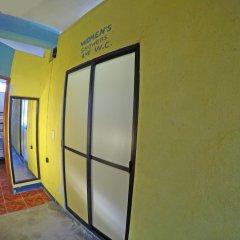 Отель Hostel Playa by The Spot Мексика, Плая-дель-Кармен - отзывы, цены и фото номеров - забронировать отель Hostel Playa by The Spot онлайн интерьер отеля