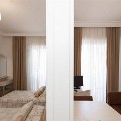 Kamer Suites & Hotel Чешме комната для гостей фото 4