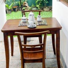 Отель Knight Inn Шри-Ланка, Галле - отзывы, цены и фото номеров - забронировать отель Knight Inn онлайн удобства в номере