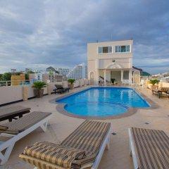 Отель LK Mansion бассейн