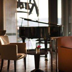 Radisson Blu Hotel Istanbul Pera Турция, Стамбул - 2 отзыва об отеле, цены и фото номеров - забронировать отель Radisson Blu Hotel Istanbul Pera онлайн гостиничный бар