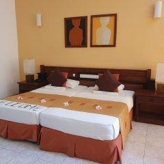 Отель Induruwa Beach Resort Шри-Ланка, Бентота - отзывы, цены и фото номеров - забронировать отель Induruwa Beach Resort онлайн комната для гостей фото 4