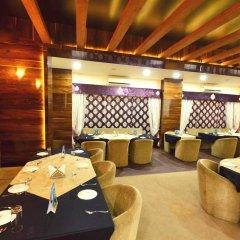 Отель OYO Premium Alankar Circle питание фото 2