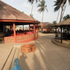 Отель Coconut Grove Beach Resort Гана, Шама - отзывы, цены и фото номеров - забронировать отель Coconut Grove Beach Resort онлайн пляж фото 2