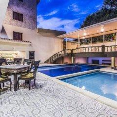 Hotel Prado 72 бассейн
