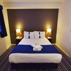 Отель Holiday Inn Express London Victoria сейф в номере