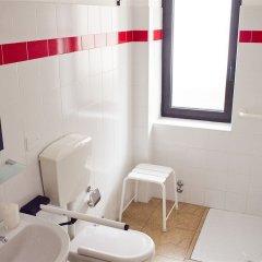 Отель La Sosta Solidale Италия, Милан - отзывы, цены и фото номеров - забронировать отель La Sosta Solidale онлайн ванная