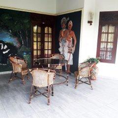 Отель Lagoon Garden Hotel Шри-Ланка, Берувела - отзывы, цены и фото номеров - забронировать отель Lagoon Garden Hotel онлайн интерьер отеля фото 2