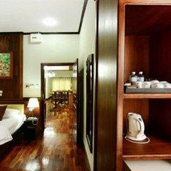 Vansana LuangPrabang Hotel сейф в номере