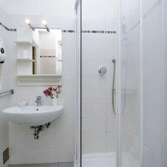 Отель I Pini di Roma - Rooms & Suites Италия, Рим - отзывы, цены и фото номеров - забронировать отель I Pini di Roma - Rooms & Suites онлайн ванная фото 2