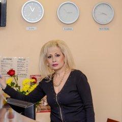 Отель Lucky Hotel Болгария, Велико Тырново - отзывы, цены и фото номеров - забронировать отель Lucky Hotel онлайн интерьер отеля фото 3