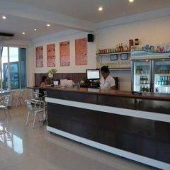 Отель The Chalet Panwa & The Pixel Residence Таиланд, Пхукет - отзывы, цены и фото номеров - забронировать отель The Chalet Panwa & The Pixel Residence онлайн гостиничный бар