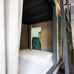 Warm Window Silom - Hostel Бангкок интерьер отеля