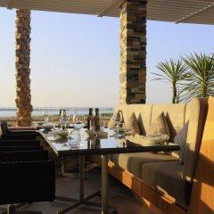 Radisson Blu Hotel, Abu Dhabi Yas Island пляж