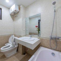 Апартаменты Granda Quan Hoa Apartment ванная