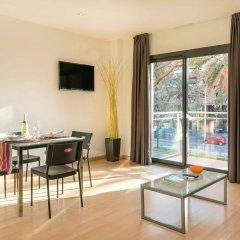 Апартаменты Apartments Sata Park Güell Area Барселона комната для гостей фото 3