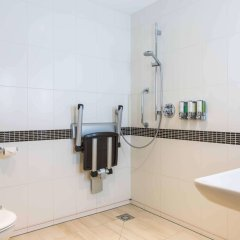 Отель Hampton by Hilton Amsterdam Centre East ванная