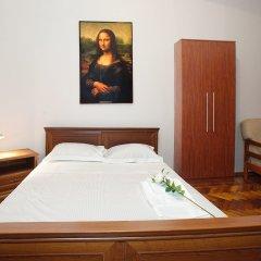 Гостиница Renaissance Suites Odessa сейф в номере