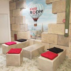 Отель Easy Room Hostel Vienna Австрия, Вена - отзывы, цены и фото номеров - забронировать отель Easy Room Hostel Vienna онлайн интерьер отеля