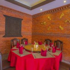 Отель OYO 235 Hotel Goodwill Непал, Лалитпур - отзывы, цены и фото номеров - забронировать отель OYO 235 Hotel Goodwill онлайн питание фото 2