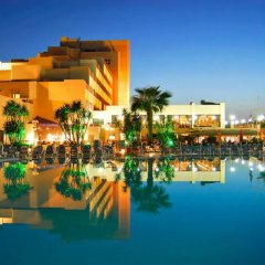 Отель Coastline бассейн фото 3