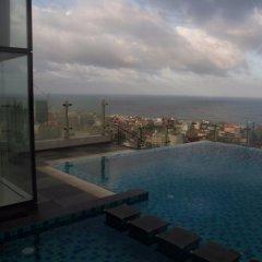 Отель Cinnamon RED Colombo Шри-Ланка, Коломбо - отзывы, цены и фото номеров - забронировать отель Cinnamon RED Colombo онлайн бассейн фото 3