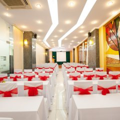 Отель Palm Beach Hotel Вьетнам, Нячанг - 1 отзыв об отеле, цены и фото номеров - забронировать отель Palm Beach Hotel онлайн помещение для мероприятий