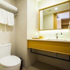 Отель Home Inn Xiamen University - Xiamen Китай, Сямынь - отзывы, цены и фото номеров - забронировать отель Home Inn Xiamen University - Xiamen онлайн ванная фото 2