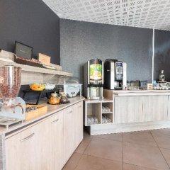 Отель Zenitude Hôtel-Résidences Narbonne Centre Франция, Нарбонн - 1 отзыв об отеле, цены и фото номеров - забронировать отель Zenitude Hôtel-Résidences Narbonne Centre онлайн питание фото 3