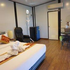 Отель Happy Mountain Airport Resort Таиланд, Такуа-Тунг - отзывы, цены и фото номеров - забронировать отель Happy Mountain Airport Resort онлайн комната для гостей фото 3