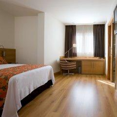 Отель NH Córdoba Guadalquivir Испания, Кордова - 2 отзыва об отеле, цены и фото номеров - забронировать отель NH Córdoba Guadalquivir онлайн сейф в номере