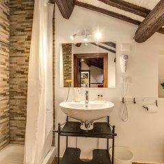 Отель Piccolo Trevi Suites ванная фото 2