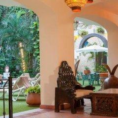 Отель Los Arcos Suites Пуэрто-Вальярта