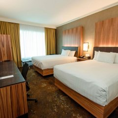 Отель Hyatt Regency Calgary Канада, Калгари - отзывы, цены и фото номеров - забронировать отель Hyatt Regency Calgary онлайн комната для гостей фото 2