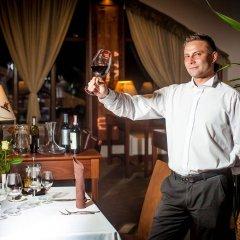 Отель Grand Nosalowy Dwór Польша, Закопане - отзывы, цены и фото номеров - забронировать отель Grand Nosalowy Dwór онлайн питание фото 2