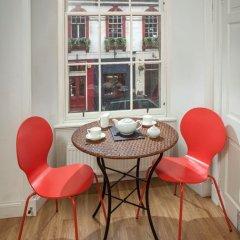 Отель St. Giles Apartment Великобритания, Эдинбург - отзывы, цены и фото номеров - забронировать отель St. Giles Apartment онлайн интерьер отеля