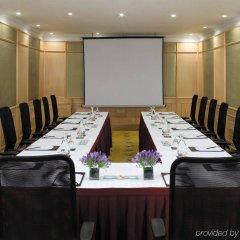 Отель Vivanta Ambassador, New Delhi Индия, Нью-Дели - отзывы, цены и фото номеров - забронировать отель Vivanta Ambassador, New Delhi онлайн помещение для мероприятий