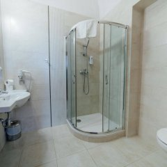 Отель Rezydent Польша, Краков - 1 отзыв об отеле, цены и фото номеров - забронировать отель Rezydent онлайн ванная фото 2